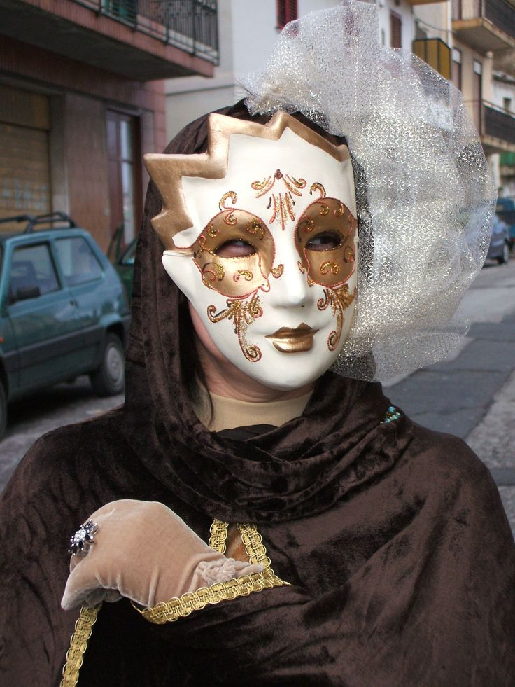 Maschera carnevale oro