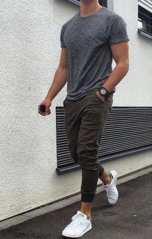 Sporty Grey outfit for Short Men - https://www.luxury.guugles.com/sporty-grey-outfit-for-short-men/