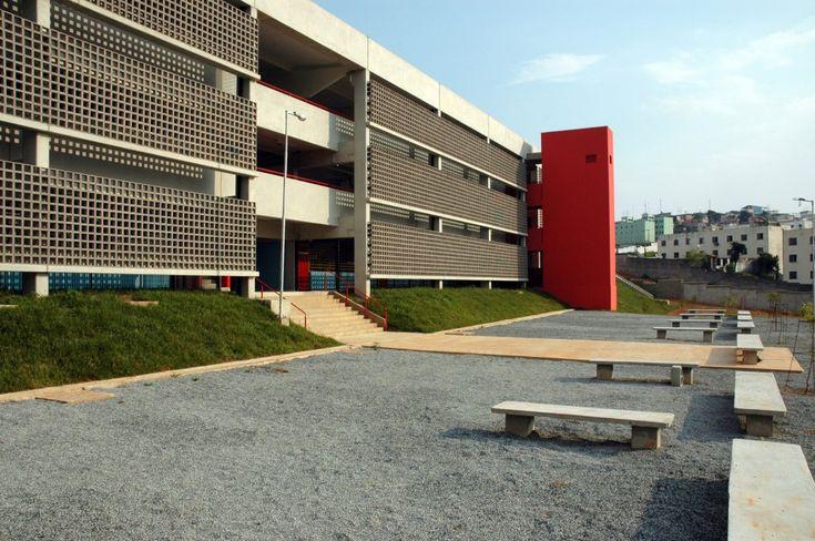 FDE – Escola Parque Dourado V / Apiacás Arquitetos