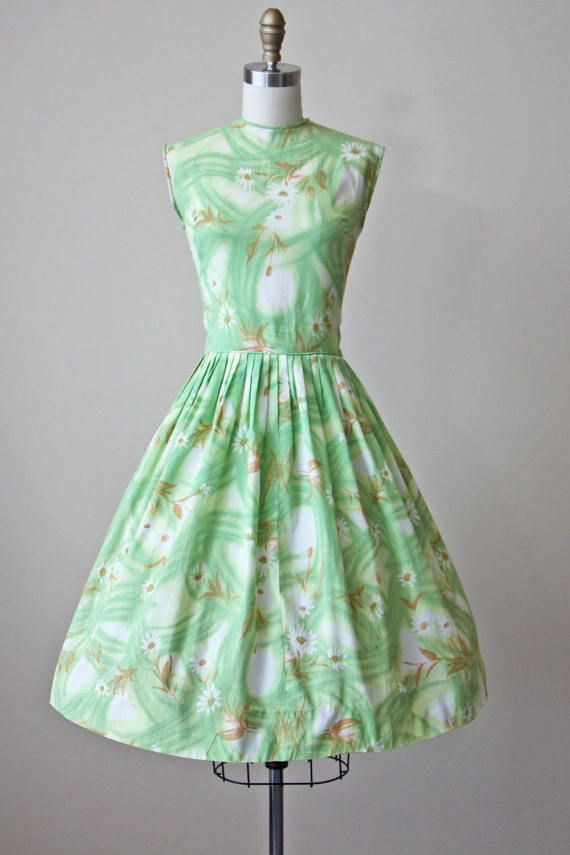 50s Dress Vintage 1950s Dress Green Wildflower Print Full