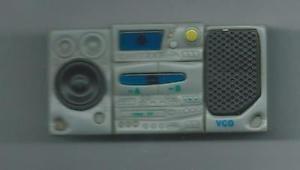 magnet aimanté radio cassette vidéo cd - Marque VCD - Bernex, France métropolitaine Magnet aimanté radio cassette vidéo cd - Marque VCDDécoration pour frigo ou toute surface métallique Longeur env.7.50 cm Largeur env. 4cmOccasion Bon état général Nhésitez pas consulter mes autres objets en vente ( - Bernex, France métropolitaine