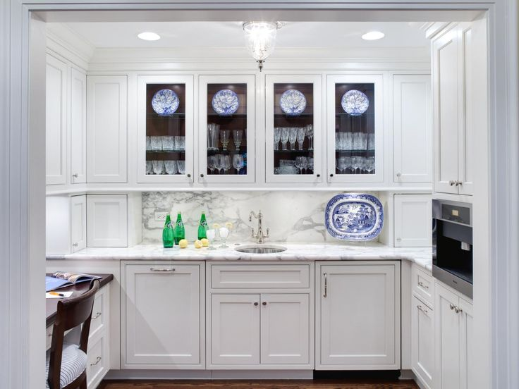 White Cottage Kitchen Cabinetry