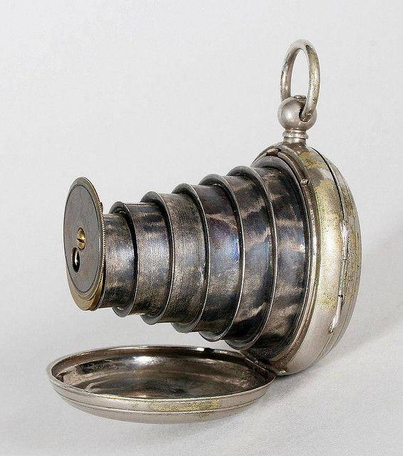 1800s spy camera