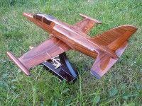 Dřevěný model letadla - stíhačky české výroby AERO L 159 ALCA