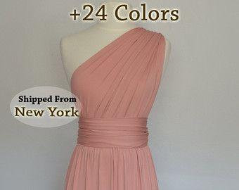 ♥♥We faire nos robes en 2 à 3 semaines et nous expédions de New York - USA avec USPS Priority Mail si vous avez besoin avant de Rush votre production à partir d'ici: https://www.Etsy.com/Listing/279273284/Rush-the-production-of-your-Dress-the ♥♥  ♥♥ ♥♥ de couleurs sont disponibles 27 très souple extensible tricot une combinaison de Polyester Spandex, pas voir à travers le tissu pour plus de confort. VOIR NOS COMMENTAIRES  ♥♥♥♥♥♥ Note: nous sommes maintenant situés à Niagara Falls, New…
