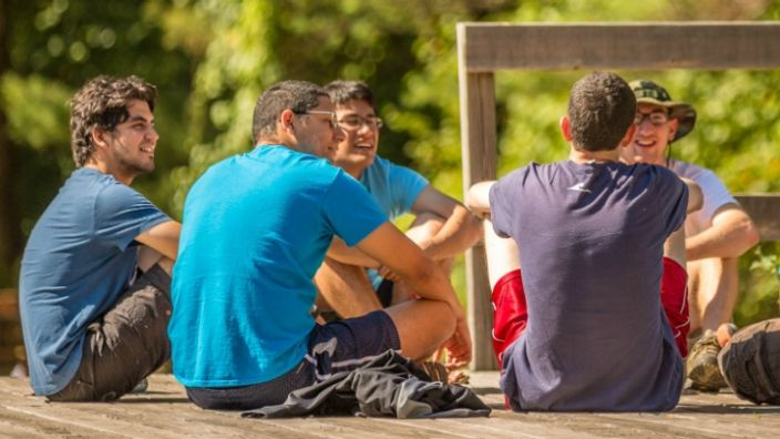 Icebreakers encourage people to get to know each other. Here are 15 ideas for icebreakers you can use at your next small group gathering.