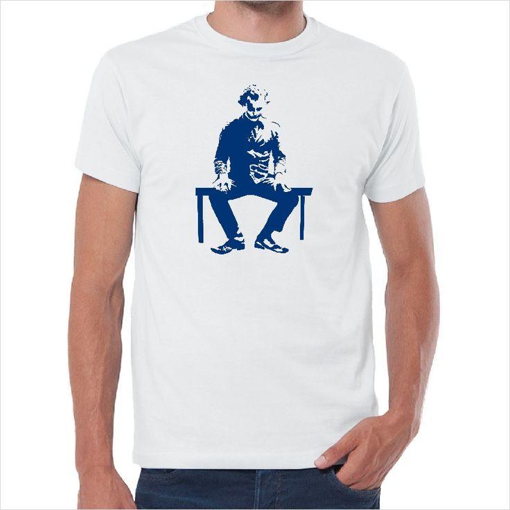 Camiseta Joker sentado