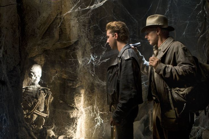 Indiana Jones and the Kingdom of the Crystal Skull (2008) - Shia LaBeof, Harrison Ford.