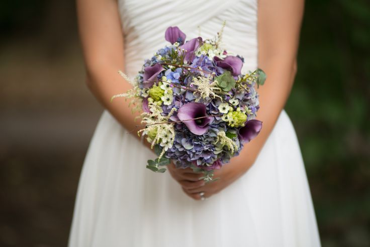 hydrangea wedding bouquet - buchet mireasa hortensie cale (www.maya-flowers.blogspot.ro)