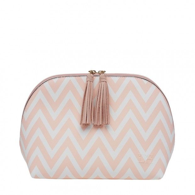 Buy exclusive travel bags & shopping bags online in Austraila. then visit Louenhide.com.au. Get amazing offers on all online travel bags at reasonable prices. Visit US!! Shop here-http://www.louenhide.com.au/shop/all-bags/travel-bags.html