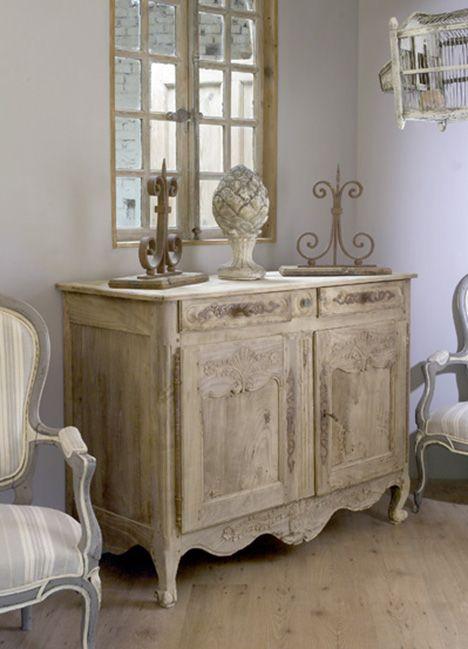 Oltre 25 fantastiche idee su mobili in stile country su for Mensole stile provenzale
