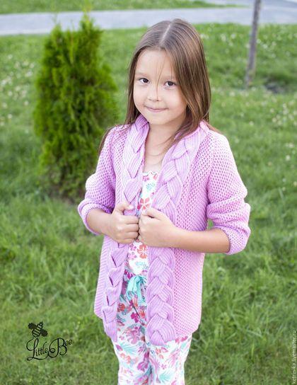 Knitted cardigan for girl / Одежда для девочек, ручной работы. Детский кардиган с косой. Little Bee Екатерина. Интернет-магазин Ярмарка Мастеров. Однотонный