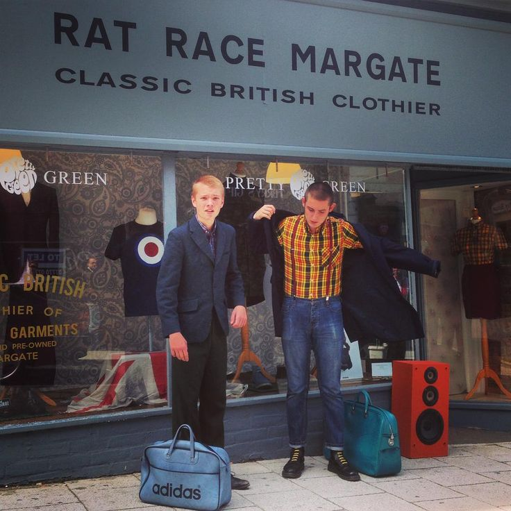 Well pressed shirts & well polished boots #ratracemargate #margate #skins #skinhead #suedehead #classic #british #youth #subculture #drmartens #brutustrimfit #addidas #trojanrecords