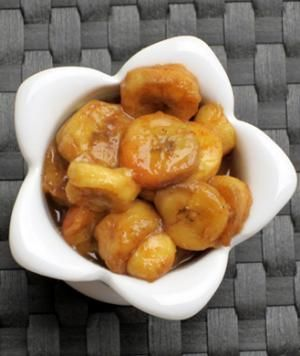 dessert under 200cal: slow-cooker bananas foster made with coconut oil & honey