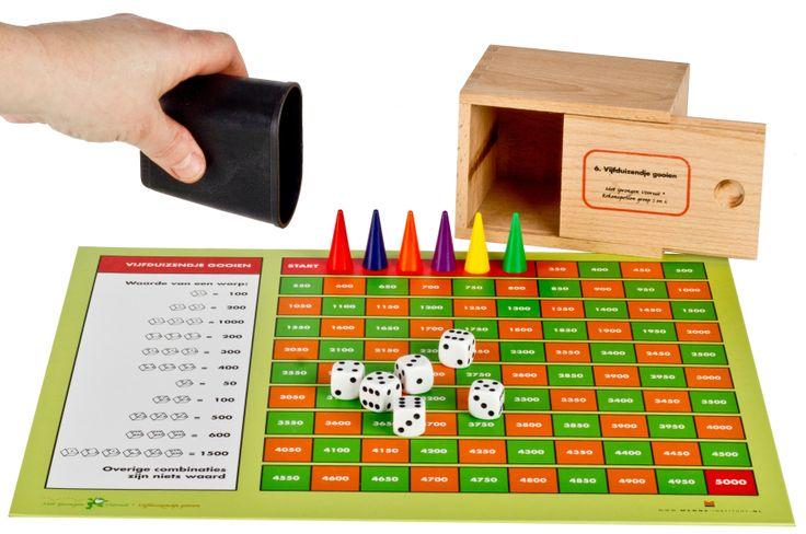 Vijfduizendje gooien. Een uitdagend spel van Met Sprongen Vooruit.