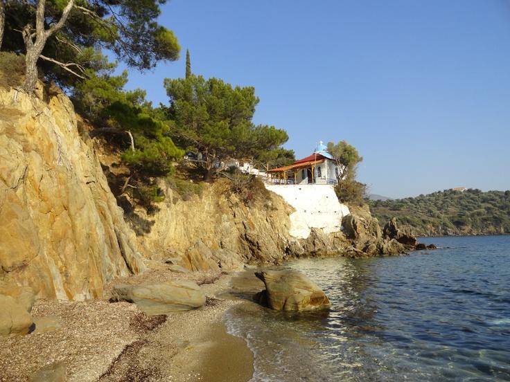 Winter beachcombing at Agios Ermogenis