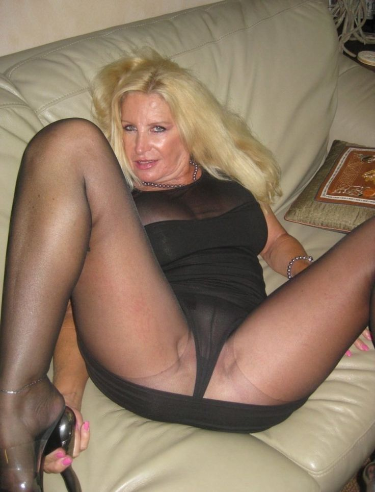 Sexual Pantyhose On Gallery 33