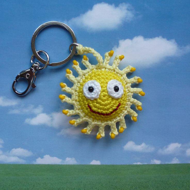 Schlüsselanhänger Sonne gehäkelt