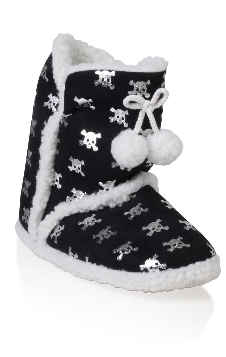 Skull slipper boots. (not for kids)