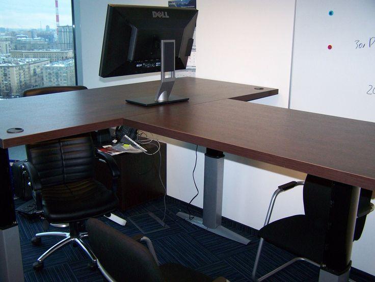 Рама 501-29 с регулировкой по высоте. Клиент заказал Т-образный стол с возможностью регулировки высоты