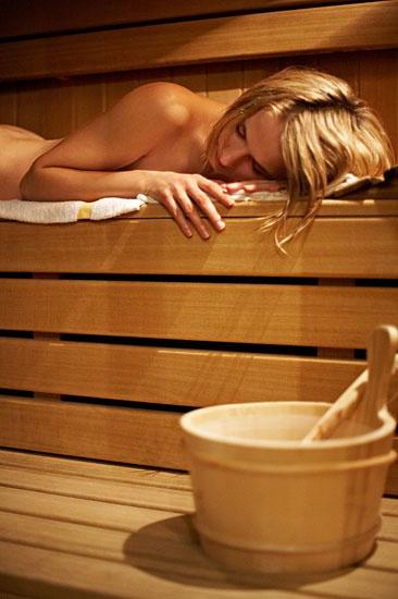 http://www.rajzazitku.cz/5-relaxace-a-wellness/250-wellness-balicek.htm