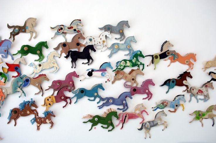 Ponies!: Horses, Cardboard Hors, Hors Crafts, Anne Wood, Buttons, Cardboardhors, Paper Toys, Diy Projects, Kids Rooms