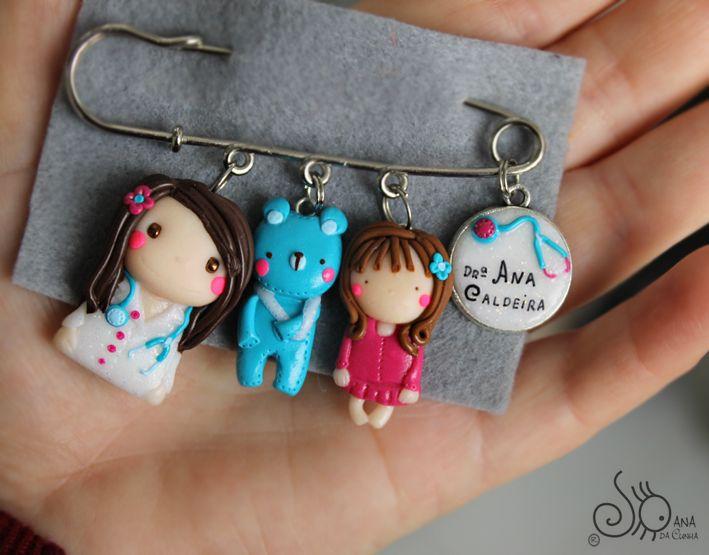 Mundo das Bonecas * Joana da Cunha: Médica pediatra em Alfinete