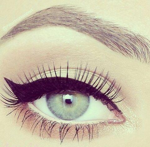Wit-oogpotlood-gebruiken.-Joyce-van-Dam-Beauty-en-Lifestyle-Blog-3
