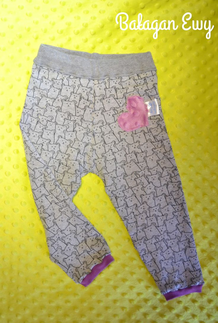 Baggy / Baggy pants for a little girl