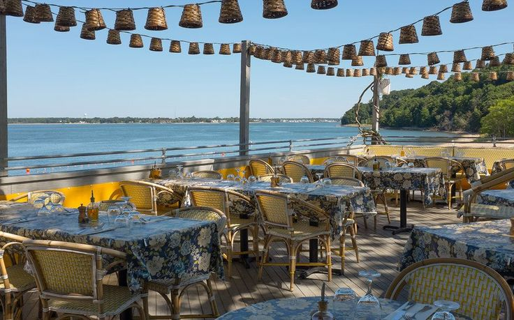 <p>Shelter Island, NY: Where to Stay and Eat</p>