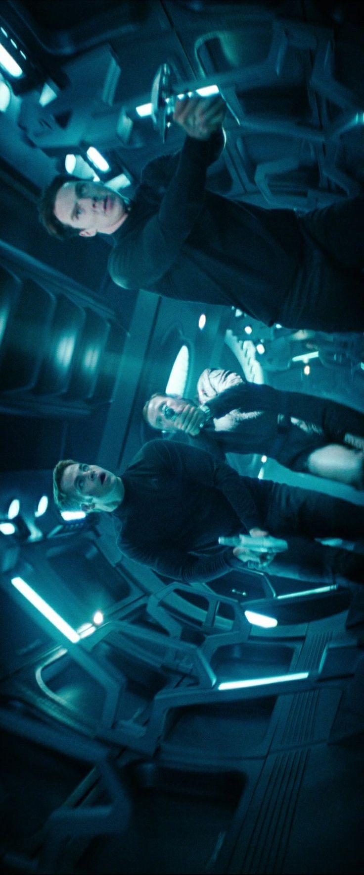 Benedict Cumberbatch, Chris Pine and Simon Pegg in Star Trek Into Darkness