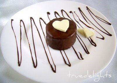 Turnulete cu frisca si ciocolata
