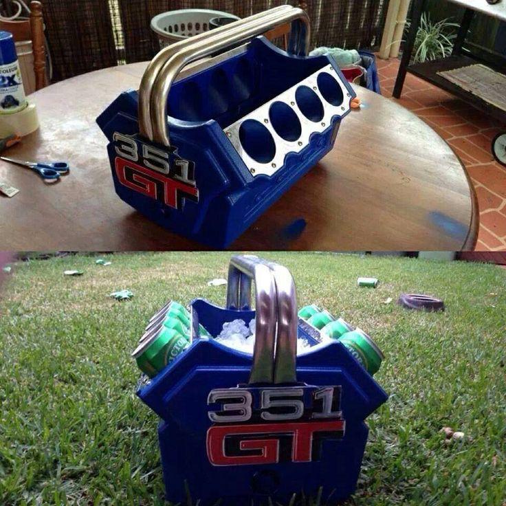 Cool V8 Esky