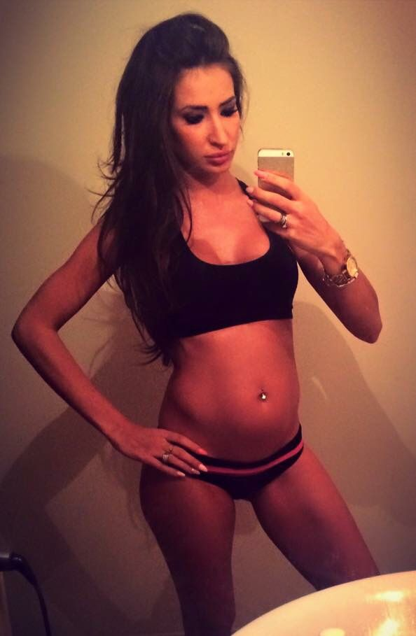 #5month #20weeks #pregnant #fitnessmama #fitmom #activepregnant #model #fitnessmodel #fitfeme #fit #healthy #happy #mummy #babylove #baby #sexy #mom
