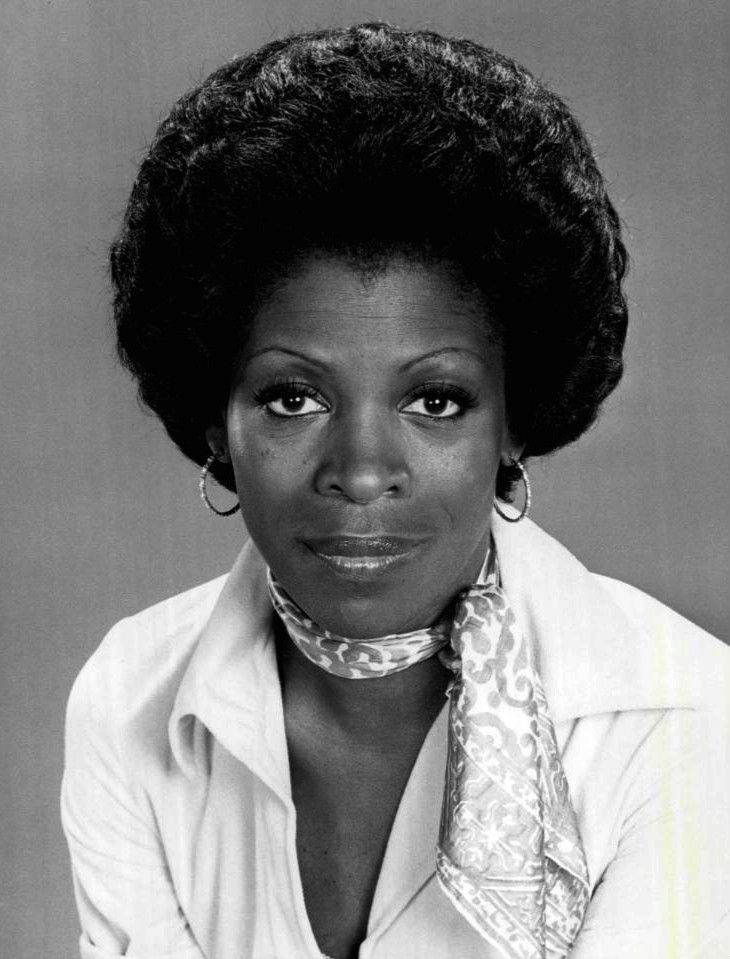 Today 8-28 in 1929, Afro-American actress Roxie Roker was born - she was one-half of the first interracial married couple to be shown as a regular cast member on the 70s hit TV series The Jeffersons (she played Helen Willis). She also is Lenny Kravitz's mom -- she passed in 1995.