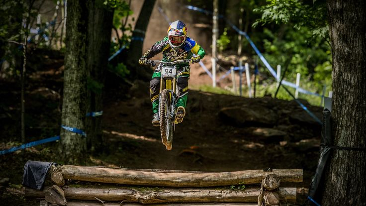 Bernardo Cruz #mountainbiking #love #mountainsports #travel #fun #nature #brazil #extremesports #redbull #gtbicycles #shimano #marzocchi_mtb #spank #clinicamoove #oce #aswracing #xtremespots