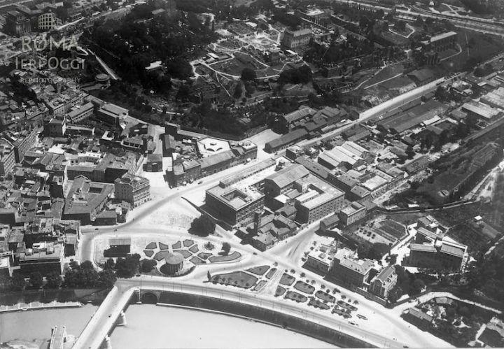 Piazza Bocca della Verità (1930 ca)