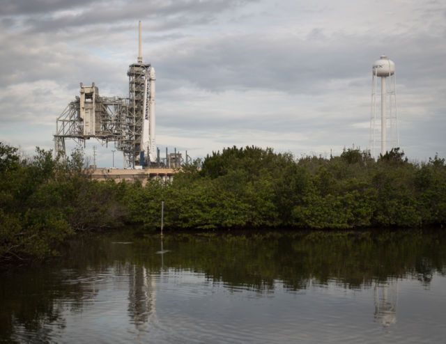 Watch live: Despite iffy weather, SpaceX will try to re-fly a Dragon | Ars Technica