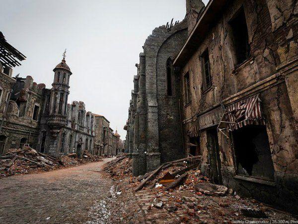 Certamente você já ouviu falar de cidades fantasma espalhadas pelo mundo. É um tema que sempre desperta a curiosidade de muita gente. Saber quais foram os motivos que levaram