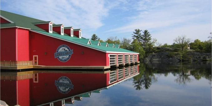 Murray Walker Grace and Speed Boathouse - Muskoka Steamships and Discovery Centre