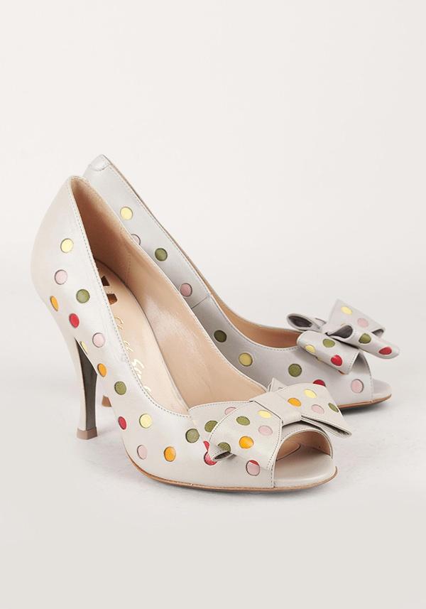 Туфли Moschino в разноцветный горошек для яркой невесты #wedding #shoes
