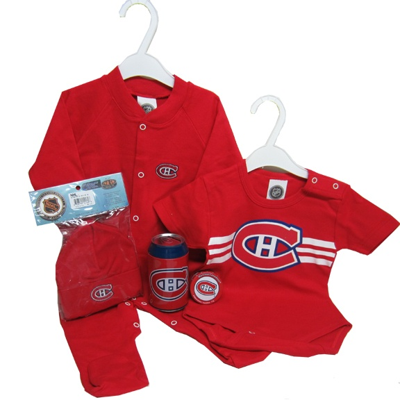 For all those Montreal Canadians fan, send them this cute Baby Boy gift set. Free Delivery