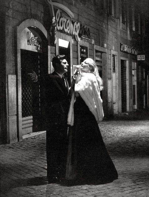 """""""La dolce vita"""" by Federico Fellini (1960) - Marcello Mastroianni & Anita Ekberg"""