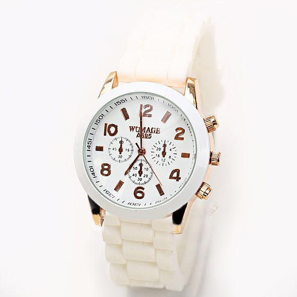 Reloj vintage con correas de silicona color blanco.   $7.990