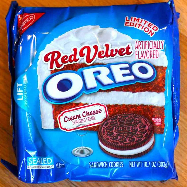 Touching the velvety red Oreo cookies causes a great feeling to bite or eat. The limited edition Oreo Red Velvet Cookies is an incredible flavor that you will not want to share with anyone.