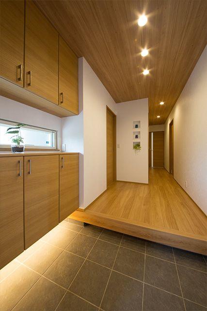 ホームラボの注文住宅・事例紹介「和の趣、やわらかな空間がここちいい家」です。写真や間取り、価格など、詳しい事例をご覧いただけます。注文住宅のことなら注文住宅の総合情報サイト・ハウスネットギャラリー