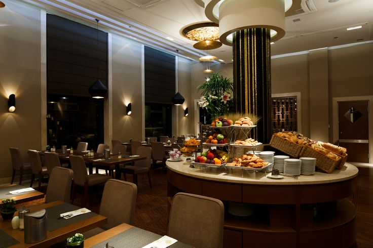 Evening at Araz restaurant