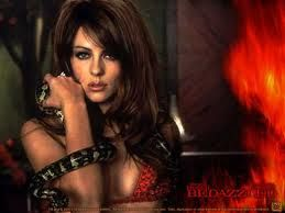 Liz Hurley # 4: Харли Elizabeth Hurley, Movie Characters, Devil A K A, Badass Devil, Bedazzled De, Liz Hurley, Favorite Movies, Elizabeth Hurley Bedazzled, Eye