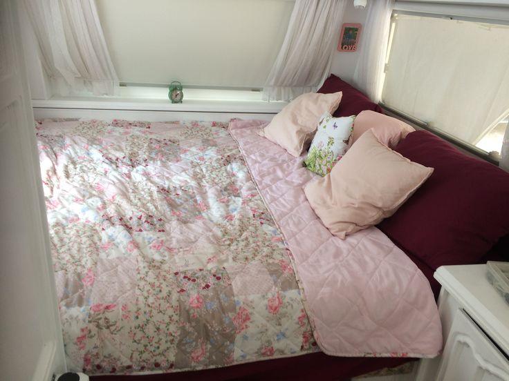 28 besten wohnwagen renovieren vorher nachher bilder auf pinterest. Black Bedroom Furniture Sets. Home Design Ideas