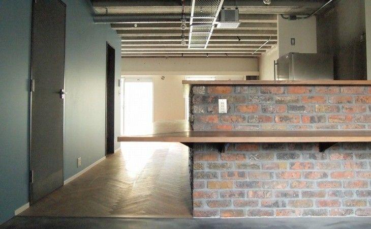 リズム感のある壁や天井(三鷹市T邸 _削ぎ落とすリノベーション) - リビングダイニング事例|SUVACO(スバコ)